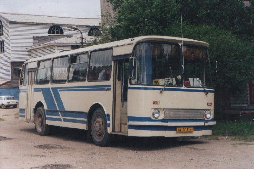 1981 laz-695n-07