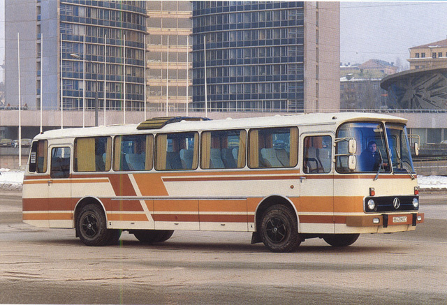 1987 laz-699-01