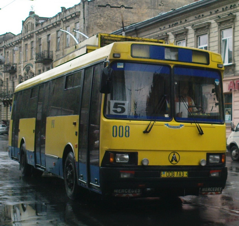 1992-06 LAZ MB Restyling 5252 2-05 Trolley