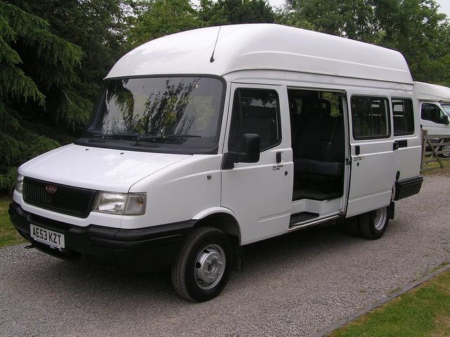 1999 LDV CONVOY 2400 cc 17 Seater 17 Seat Bus Low Mileage