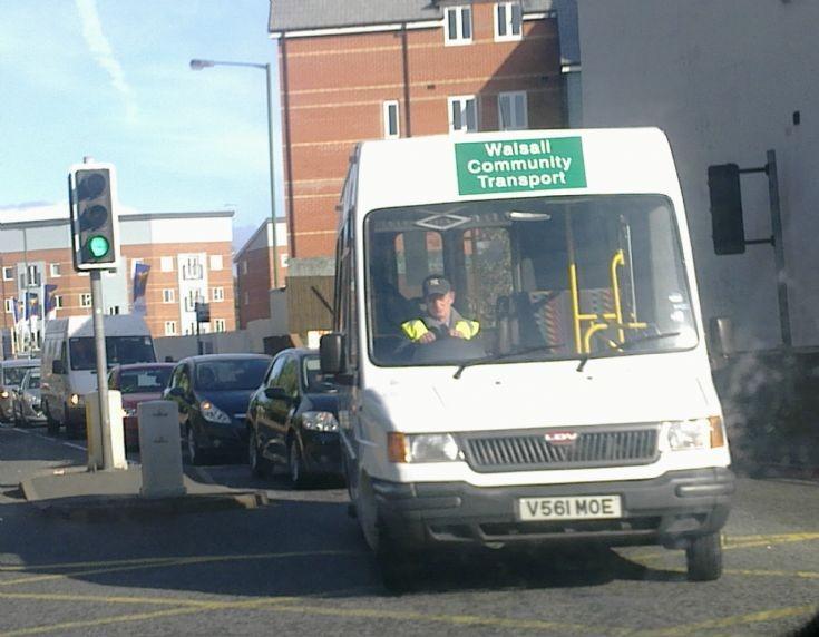 2011 LDV mini bus
