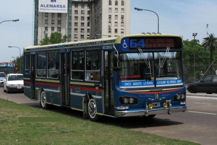 Bus La Favorita Mercedes-Benz OH-1315