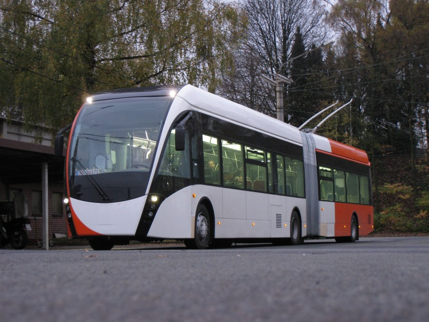 Geneva receives new battery buses from Vossloh Kiepe and Van Hool