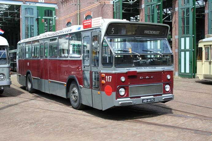 HTM 117 Leyland Verheul