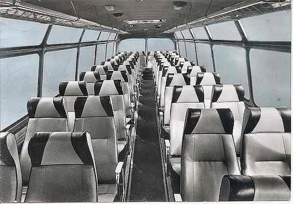 Interieur van de toerwagens uit de serie 8-9-10 Scania-Vabis van het bouwjaar 1957.