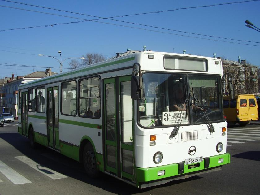 LiAZ-5256 bus (first generation) in Stary Oskol (Belgorod Oblast)