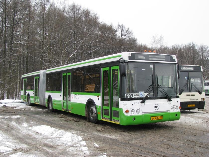 LiAZ-6213