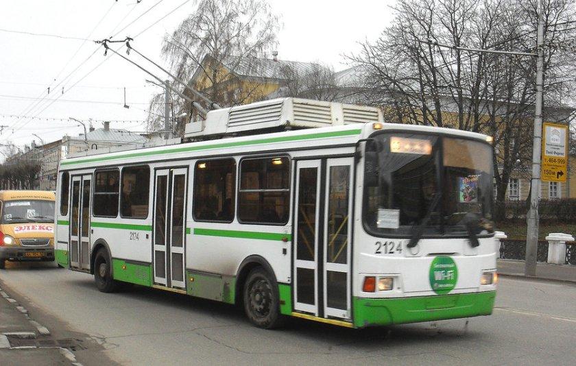 trolleybus_liaz_5280_by_ferrabra-d5mi7fq