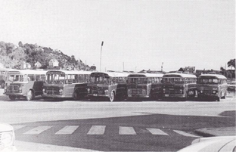 Volvo-busser fra 60-tallet, muligens en B54, ikke sikker på hvilken karosserifabrikk -Knudsen