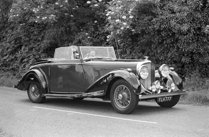 01 Mulliner_Bentley_4_1-4_Litre_DHC_01
