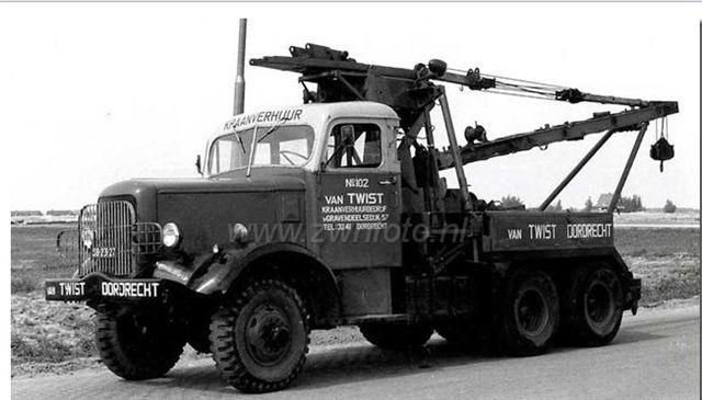 024802 van Twist Dordrecht Mack zwnfoto