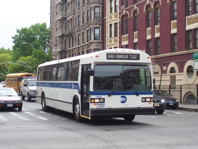 14 MTA_Bus_MCI_Classic_7868