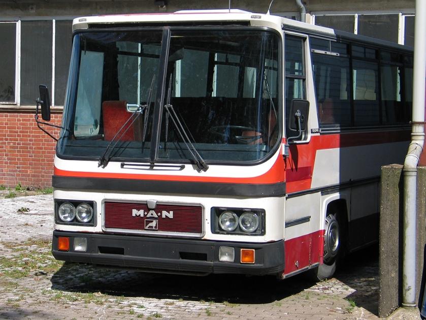 150 MAN SR 240 Reisebus aus den 1980er Jahren