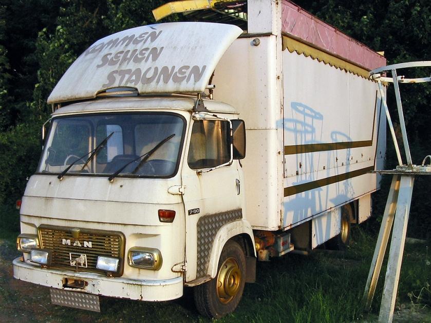 1773-77 MAN-Saviem Typ 7.90 F Typbezeichnung auf dem Fahrzeug nicht authentisch)