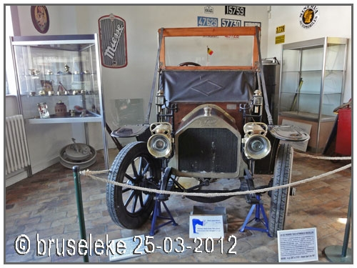 1909 taxi-miesse