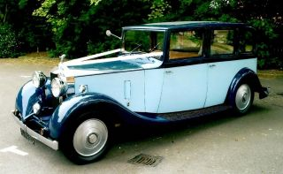 1925 Rolls-Royce 20-25hp wears formal limousine coachwork by the Norwich-based firm of Mann Egerton.