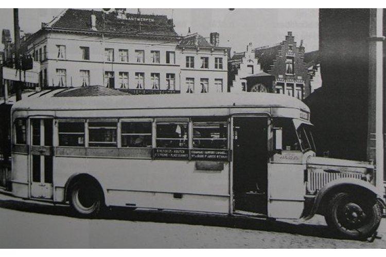 1931 Minerva bus verzekerde de dienst tussen het St-Pietersstation en de Dampoort Electrische Minerva gent