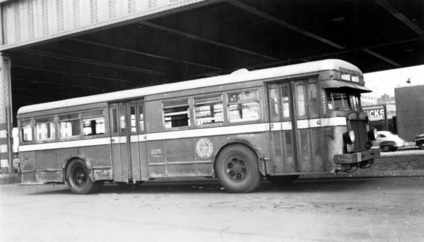 1932 Mack Model 6-BT-3S NYCQUESTIONMEL 1932