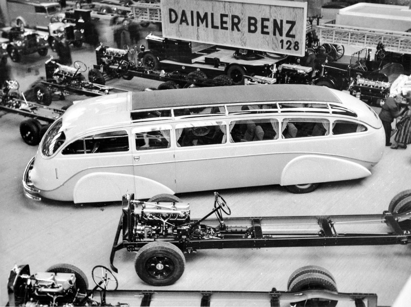 1935 Mercedes-Benz Stromlinie-Bus