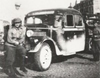 1937. REO liikennöi reitillä REO safety bus - kopie