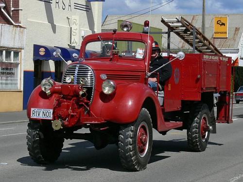 1938 FordFiretruckMarmonHerringtonAWD-vi