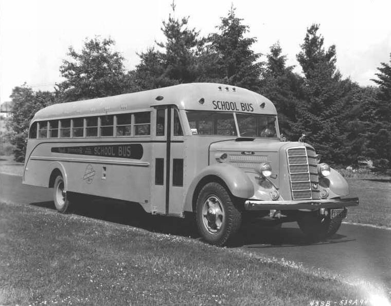 1939 mack.43SBSchoolBus.05