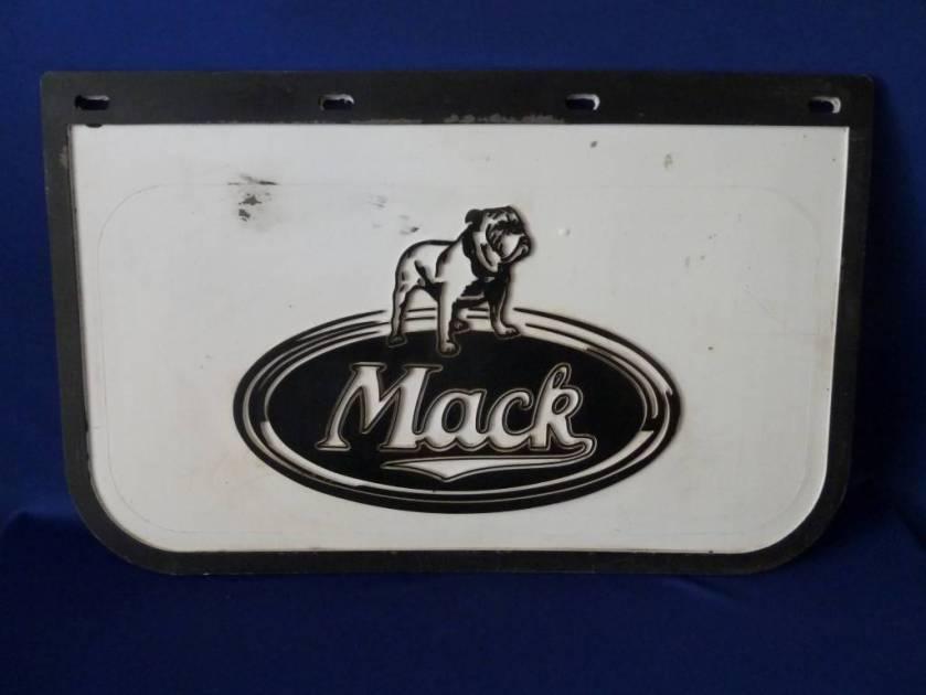 1940 Mack 750182923_o