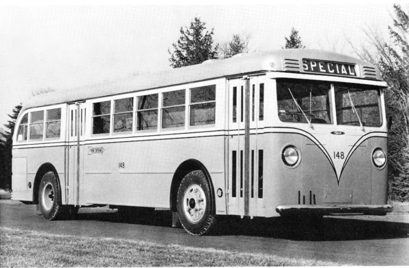 1940 Mack Model CO3G