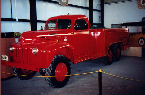 1940 restored Truck, 3-ton, 6x6, Crash Tender (Ford-Marmon-Herrington MM5-6)