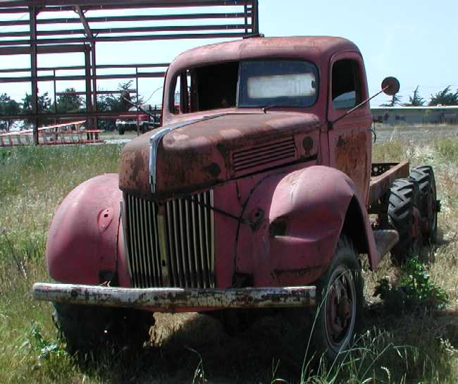 1940 Truck, 3-ton, 6x6, Crash Tender (Ford-Marmon-Herrington MM5-6)a