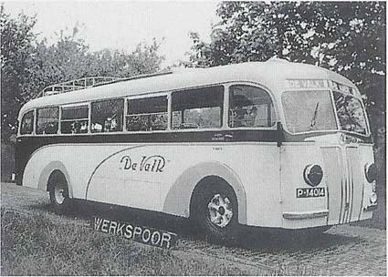 1941 Mercedes Benz- Werkspoorbus van De Valk