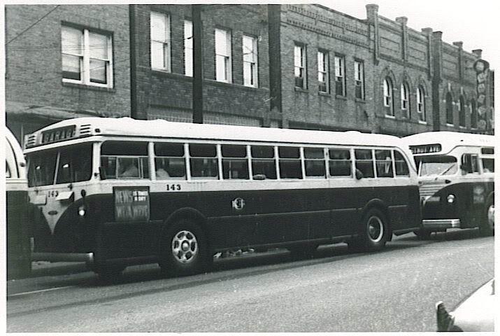 1942 Mack Model LD-3G