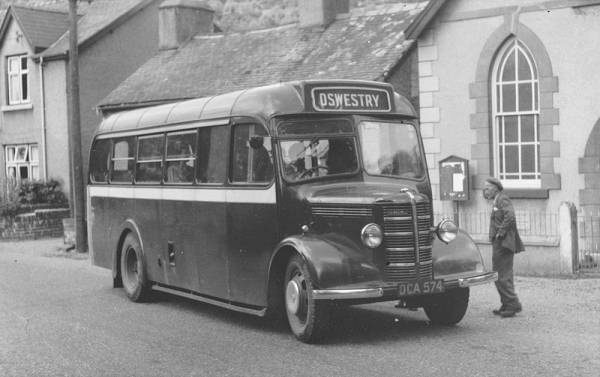 1943 Bedford OB DCA574 with Mulliner body dca574