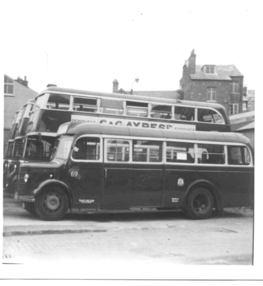 1947 Mulliner B29F bodied Bedford OB Reading Corporation no. 69