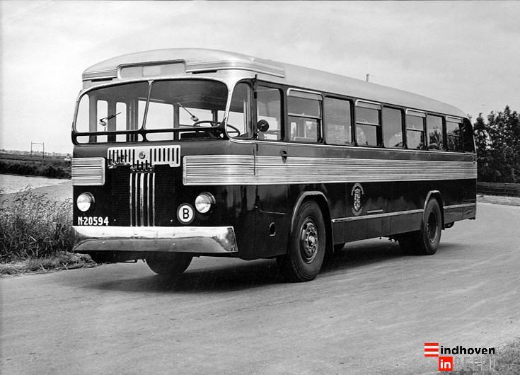 1948. Merk Kromhout carosserie Hoogeveen, deze bus is later omgebouwd met een Magirus motor