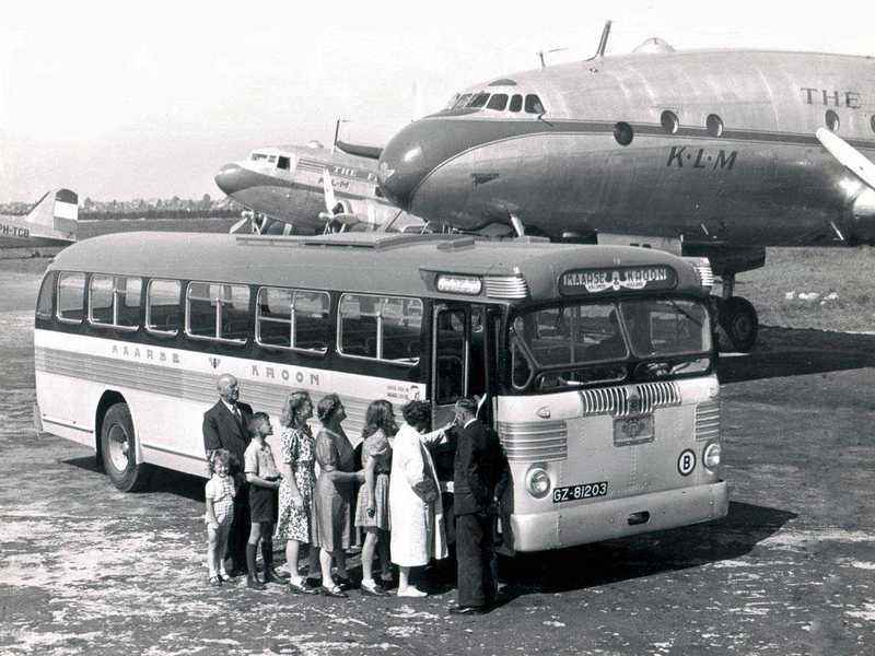 1948 Twin Coach  Maarse Kroon Twin Coach op Schiphol