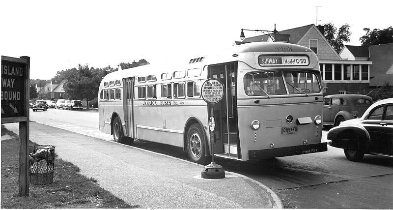 1950 JamaicaBuses-MackC50demoHempsteadAve225St2
