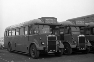 1950 TD105 a Leyland PS1 with a Mann Egerton 30 seat body at Edgeware Station 23rd June 1962