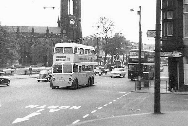 1951 BUT 9641T with Metro-Cammell body H40-30R body
