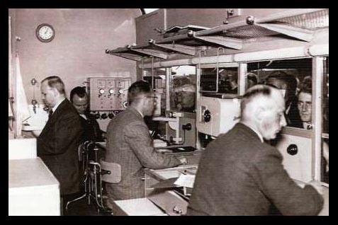 1952 PTT Kantoor binnen