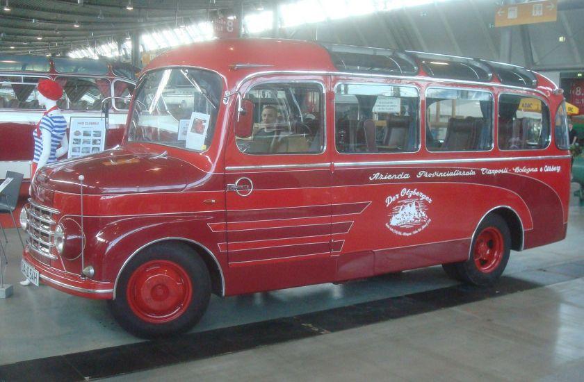1953 fiat-monaco-menarini-bus-(italie)-retro-classics-messe-stuttgart-mars-2012-057-10717
