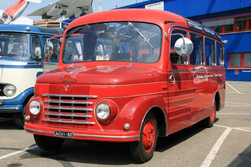 1953 Menarini Kleinbus, Oldtimer-Bustreffen Sinsheim