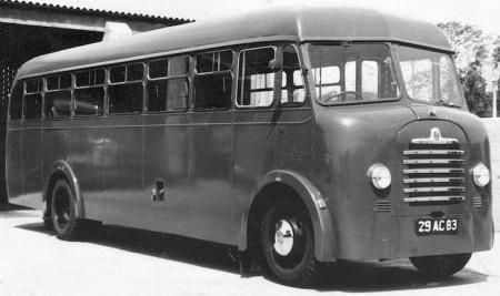 1954 Bedford Mulliner 29-AC-83_lr