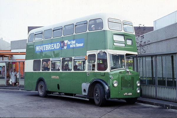 1954 Leyland PD2-20 with Metro-Cammell H33-29R body
