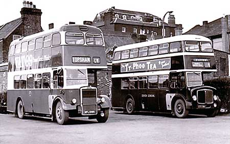 1954 Paul Street bus station circa 1960 Left is a 1958 Leyland PD2-40 chassis and MCW body at the old Paul Street bus station