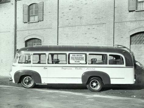 1955 a-villani-bus-made-by-menarini-of-bologna-used-by-the-business-tulli-di-sezze