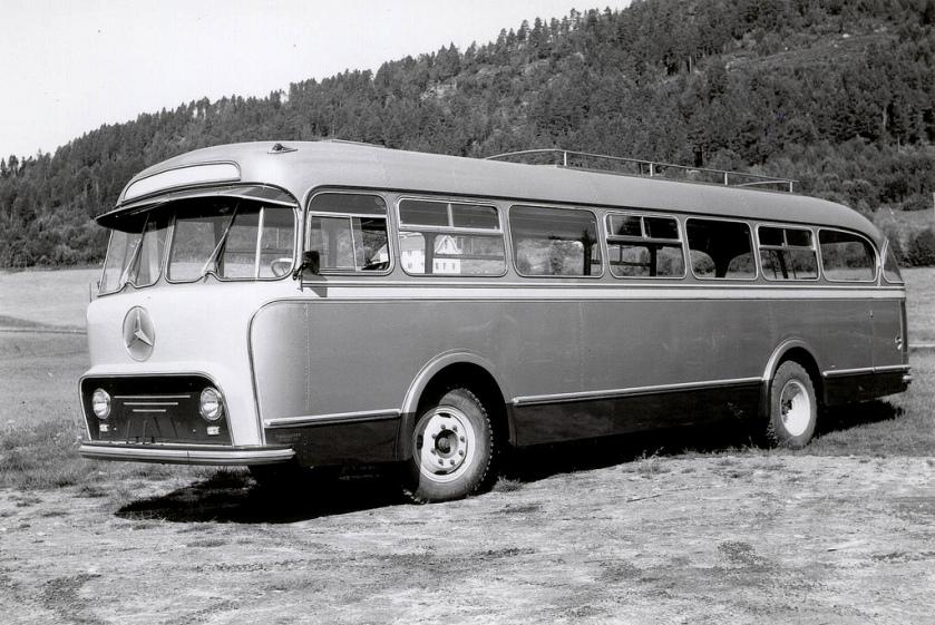 1955 Mercedes Benz - Bussbygg