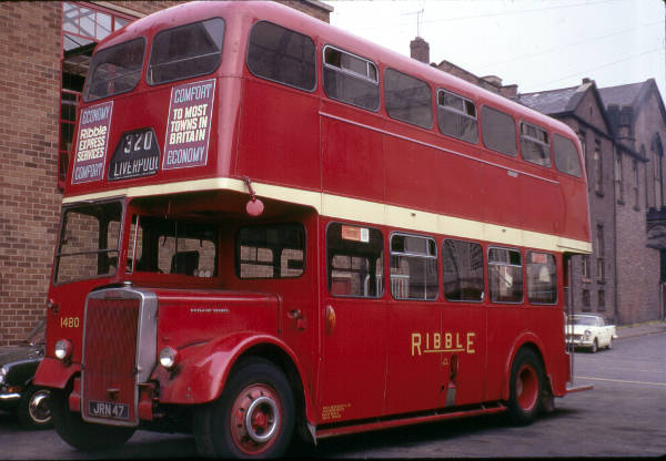 1956 Leyland Titan PD2-12 with Metro-Cammell H33-28R bodywork