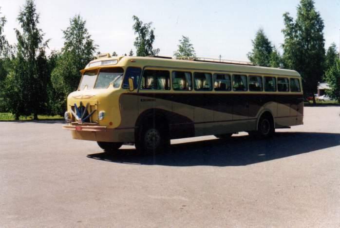 1957BIU-555, Volvo B10R Taival GT ties missä, ties koska; Härmän Liikenne 11, ent. Koski & Koski 4 (TVN-444) - kopie