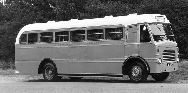 1959 Leyland Comet, Mann Egerton export body